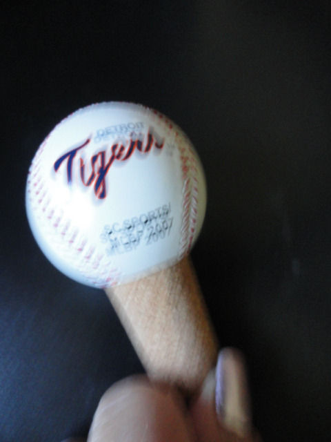Detroit Tigers MLB 2007 Baseball Bottle Stopper Wine Cork Ceramic SC Sports