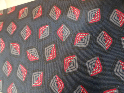 Vtg Men's NINO CERRUTI Tie Navy Red Square Geometric 100% Silk Imported Fabric