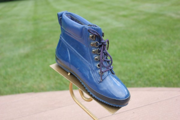 Women's Eddie Bauer Waterproof Ankle Boots Blue With Black Stripe 6 Pre-Owned