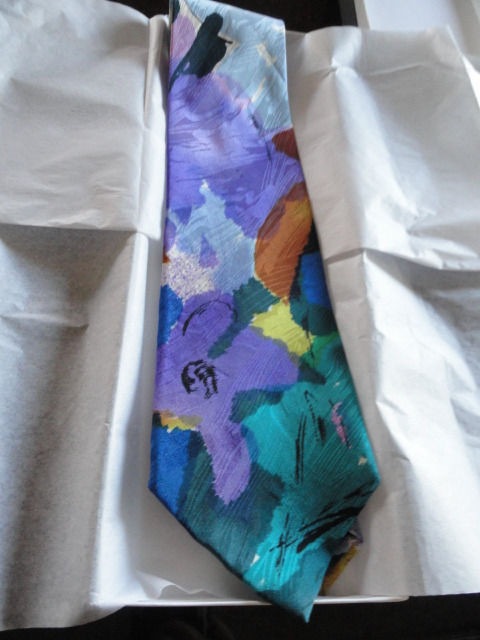 "Vintage Men's Serica Floral Tie 100% All Silk From Italy NWOT W 4""x L 55.5"""