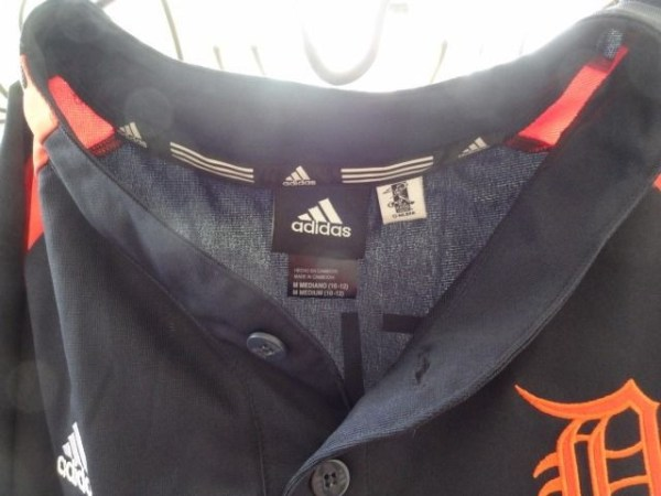 Detroit Tigers MLB adidas Jersey FIELDER Front Button Down Shirt NWOT M 10-12