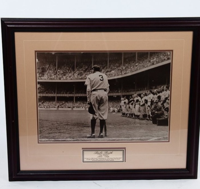 """Babe Ruth """"The Babe"""" 1895-1948 Print Nat Fein """"The Babe Bows Out""""  Framed Plaque"""