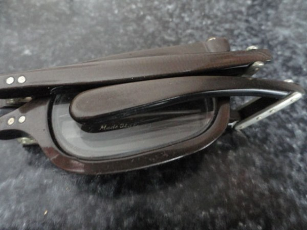 "Vintage Eyeglasses Folds Up +3 Black 5"" Glasses Readers Reading Made In Italy"