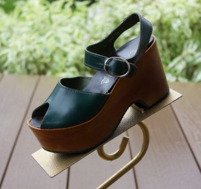 Vtg Women's CABER Platfom Leather Green Wood Shoes Italy Silver Buckle Size 5