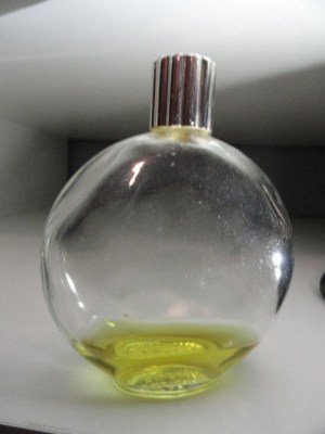Vintage Perfume WORTH PARIS FRANCE BOTTLE Lalique 4.5 Oz Less Than 1/4 Full