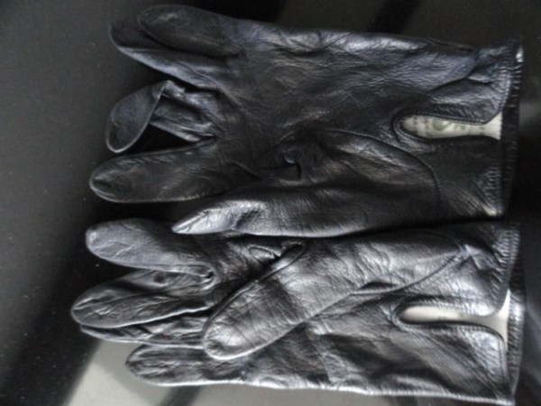 Vintage Ladies Black Leather Gloves Handmade  France 6 SFA Sacs ARIS Preowned
