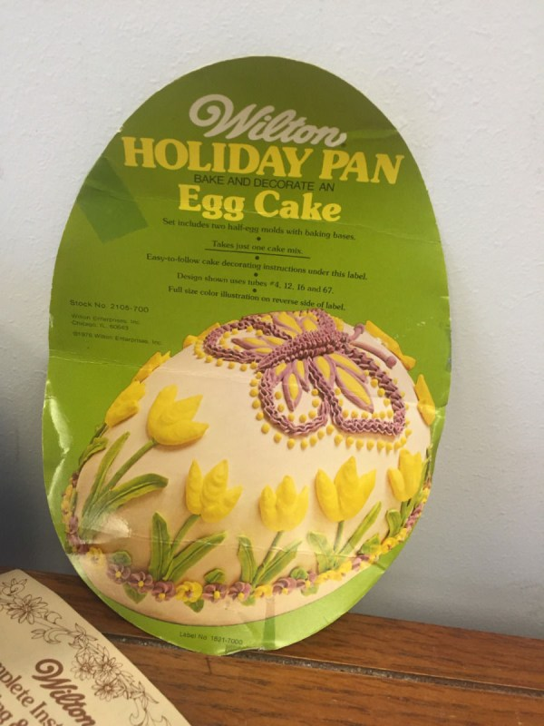 1976 Wilton Easter Egg Cake Holiday Pan #502-2121 Insert