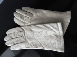 Vintage Ladies White Kid Leather Gloves Distressed S Genuine Leather China