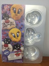Vintage Wilton Sylvester & Tweety Mini Cake Pan Looney Tunes #2105-8471 Sealed