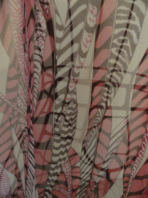 Vintage ANNE KLEIN Abstract Leaves Pink Scarf All Silk NWOT Excellent Condition