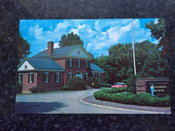 Vtg '68 Postcard Unposted VISITOR CENTER National Military Park Fredricksburg VA