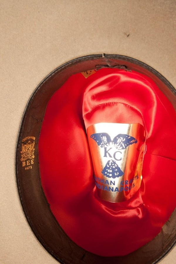 Vtg Men's Custom Western KC BEE HATS Feather Band Remington Peters Shell KEUTHAN