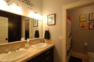 bathrooms-9
