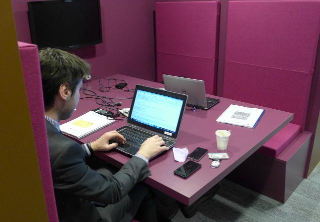 Espace de coworking interne au siège de Bouygues immobilier