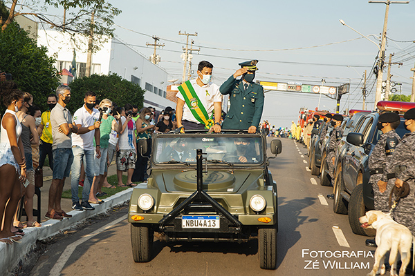 Com desfile cívico-militar, Cacoal  comemora os 199 anos de Independência do Brasil.