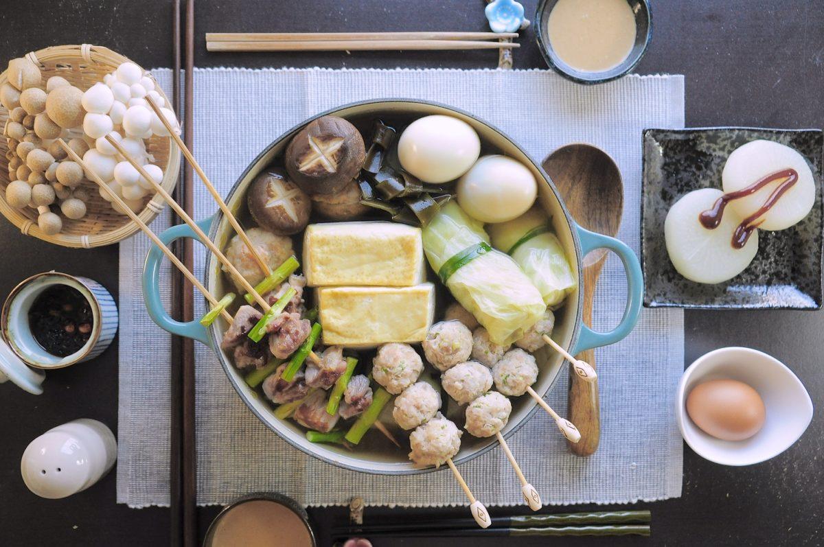 今年中秋不一樣:中秋火鍋(自製火鍋料及味噌沾醬)