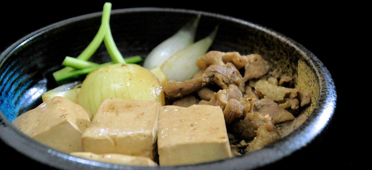 肉豆腐(日式滷豆腐)
