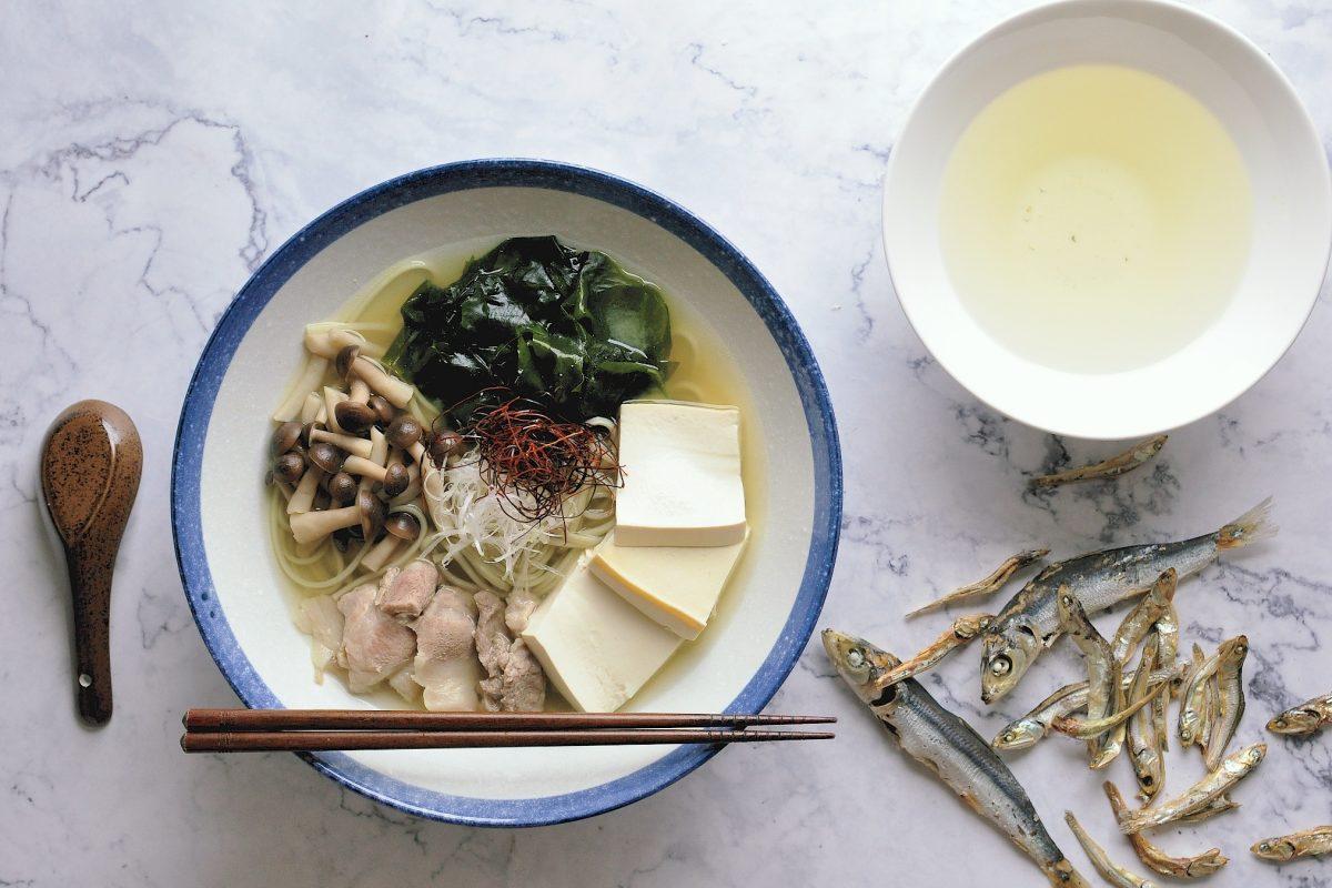 常用的日式高湯做法(一):小魚干高湯