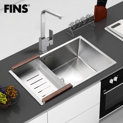 single bowl cast iron kitchen sink 4 piece faucet 厨房水槽单盆最小尺寸有多大 单碗铸铁厨房水槽