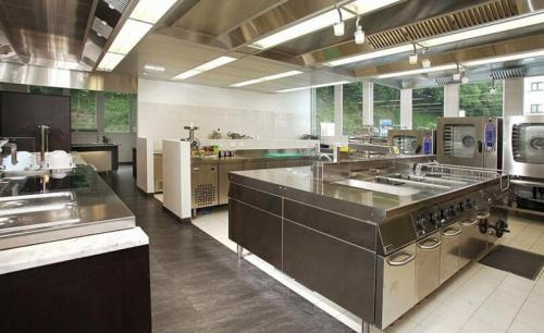 commercial kitchens kitchen faucets parts 商业厨房设备都有哪些 商业厨房