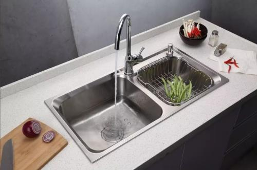 sink for kitchen one hole faucet 厨房水槽边长霉 要怎么清理呢 厨房的水槽
