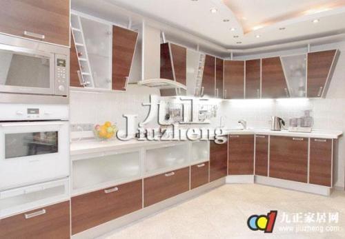 kitchen sink grates black table set 厨房灶台与水槽的风水位置怎么布置 厨房灶台与水槽的风水位置须知有哪些呢 炉灶象征着火 水槽象征着水 这两者是厨房的核心 其他物件的摆放就要以这两者为准 要相宜不能相冲 这样的布局才可以打造出一个有助于家业兴旺的厨房风水