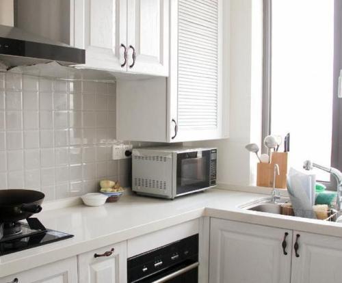 smart tv kitchen multi pendant lighting 如何做饭不无聊厨房电视来帮您 智能电视厨房