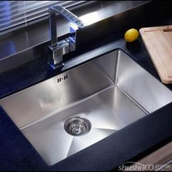 Rustic Kitchen Sinks Wood Cabinets 厨房不锈钢水槽品牌榜推荐 质朴的厨房水槽