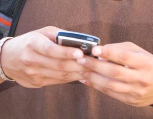 mobitel-u-rukama