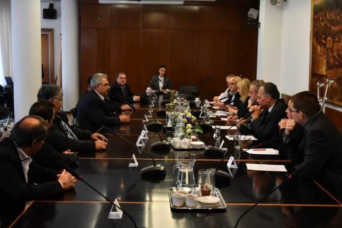 Gradonačelnik Bandić sastao se s predstavnicima romske nacionalne manjine