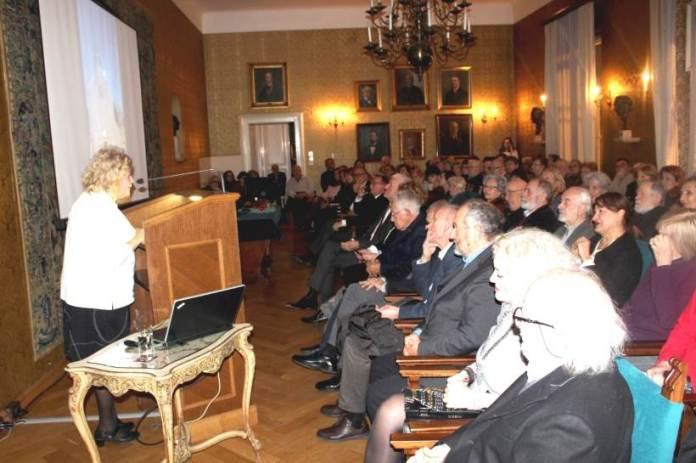 Akademkinja Željka Čorak u HAZU održala predavanje o jaslicama na Šipanu