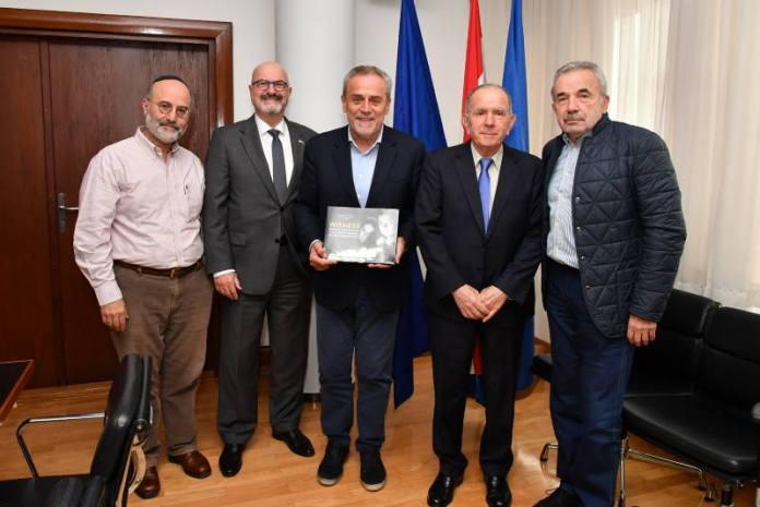 Gradonačelnik Bandić primio Aharona Tamira, izvršnog direktora projekta Međunarodni marš živih