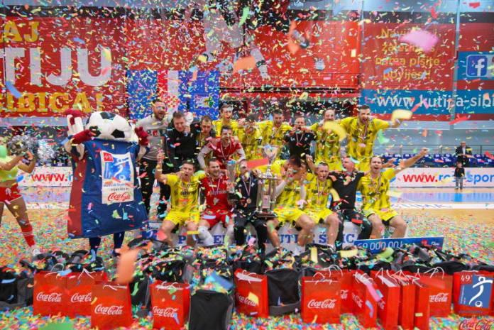 Noć za pamćenje u prepunoj dvojci Domu sportova, CB Dobermann pobjednik 49. Kutije šibica