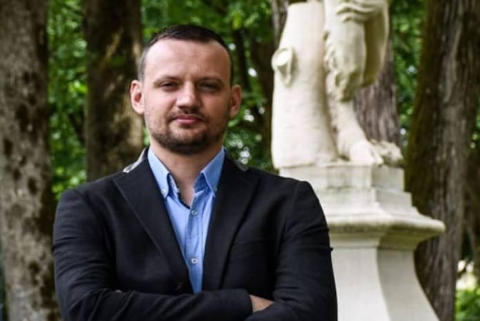 """""""LOVAC NA UHLJEBE"""" IZRAČUNAO: Hrvatska na lokalne političare u jednom mandatu troši milijardu kuna!"""