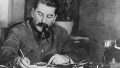 Photo of Kur Stalini i tha delegacionit jugosllav: Gëlltiteni Shqipërinë!