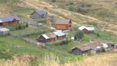 Photo of Podgorica u jep ultimatum shqiptarëve që t'i rrëzojnë stanet brenda territorit malazez