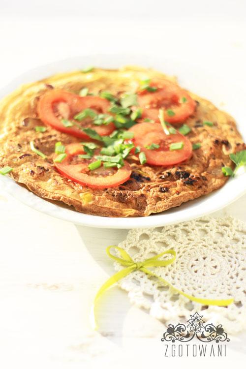 omlet-z-kielbasa-i-cebula-6