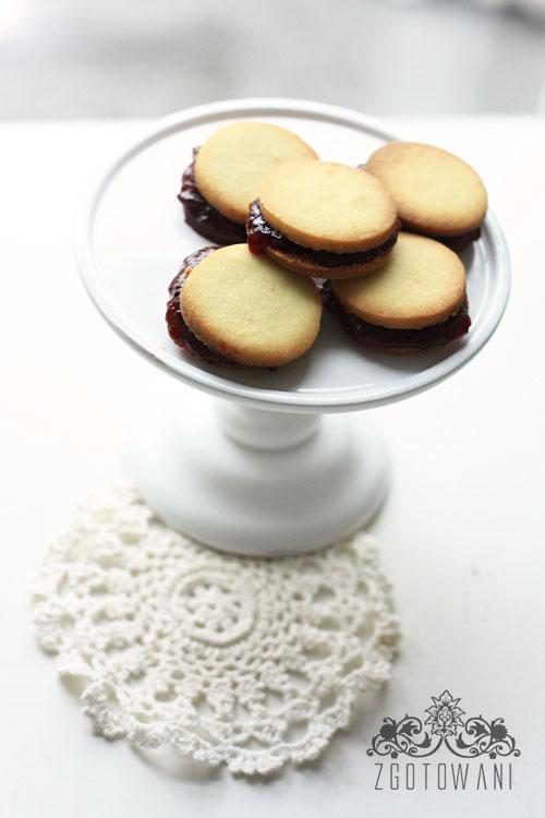 kruche-ciasteczka-z-marmolada-5