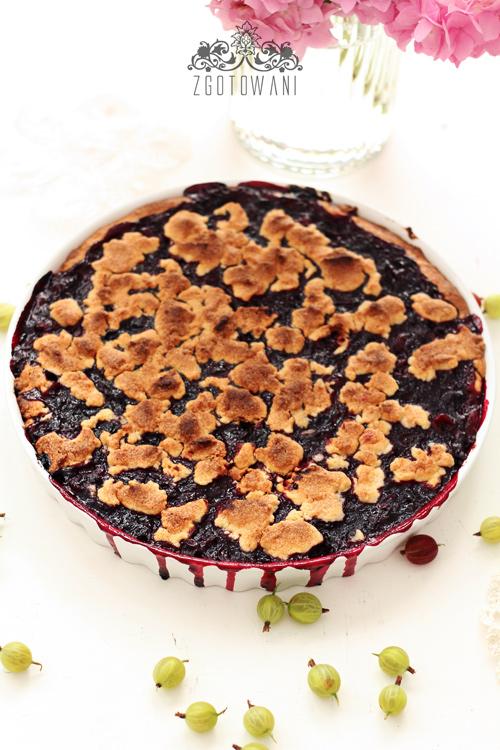 ciasto-z-agrestem,-porzeczkami-i-kruszonka-7