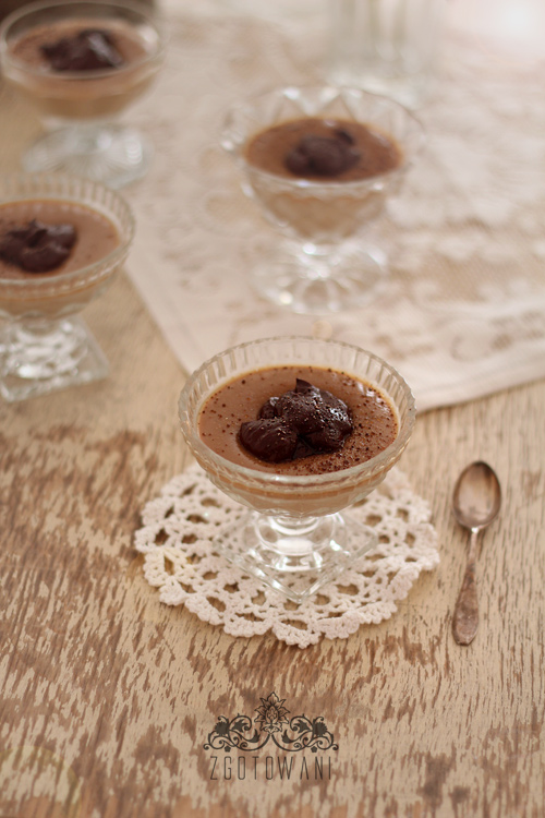 domowy-budyn-kawowy-z-czekolada-1