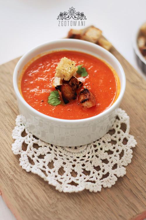 zupa-krem-z-pieczonej-papryki-i-pomidorow-6