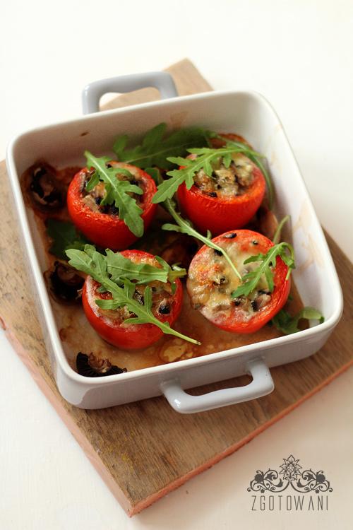 pomidory-faszerowane-pieczarkami-i-serem-5