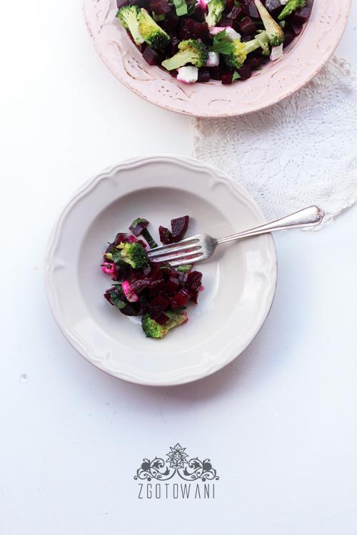 salatka-z-buraczkami-i-brokulami-5