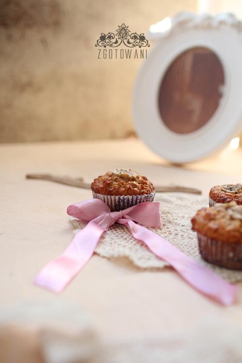 muffinki-jablkowe-z-platkami-owsianymi-i-bananem-3