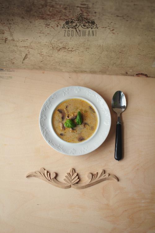 zupa-pieczarkowa-w-tajskim-stylu-3