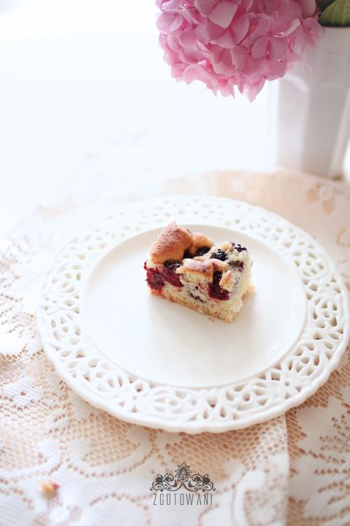 szybkie-ciasto-z-owocami-10