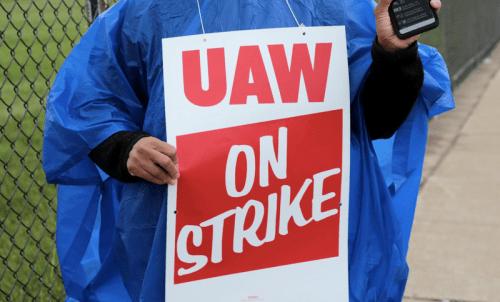 GM On Verge Of Crisis As UAW Labor Talks Break Down