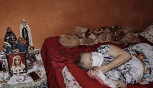 """""""We Ask For Help But It Never Comes"""": Dead Are Left To Rot, Then Buried In Mass Graves, As Coronavirus Overwhelms Brazil"""
