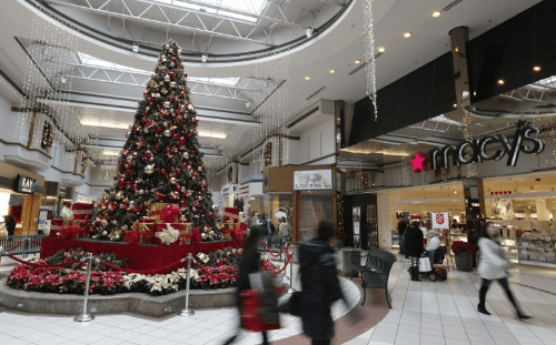 Retailers Scramble For Promotions To Combat Shorter Holiday Selling Season