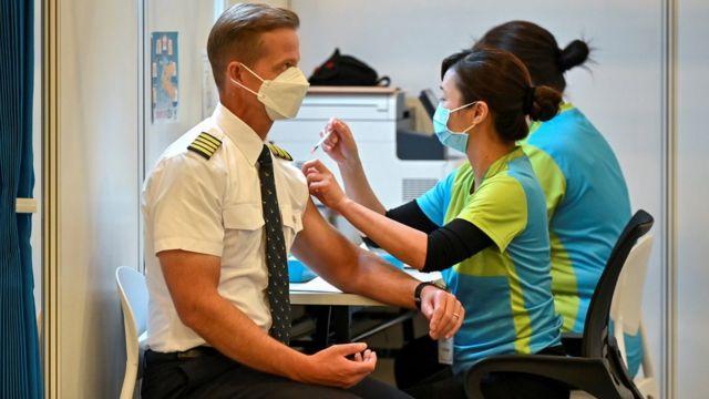 """被接種中國疫苗 香港英籍男子遭遇""""打錯針""""奇案"""